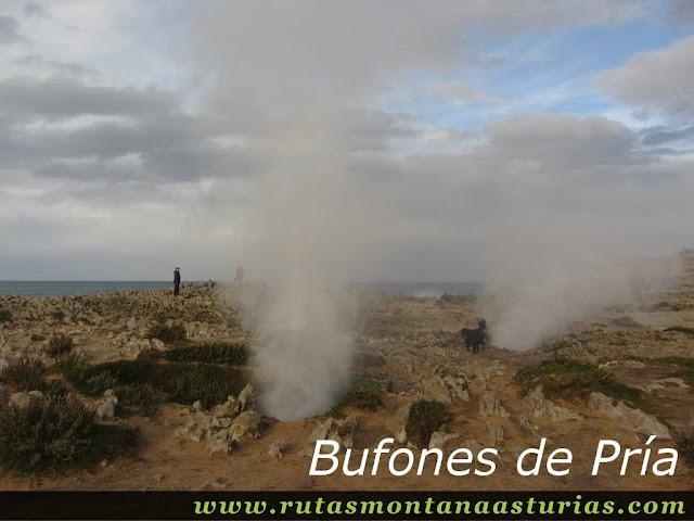 Bufones de Pría en Llanes, Asturias