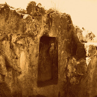 Falhas Geológicas nas Ruínas Incas de Qenko