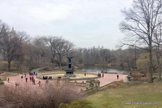 fuente del ángel central park