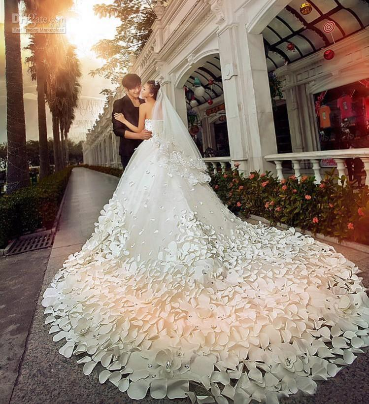 c09494cd7be Most Beautiful Wedding Dresses In The World....Watch  Video....Fashionweekly...On Fow24news.com