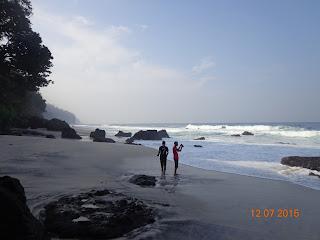 Pantai Segladak Tulungagung