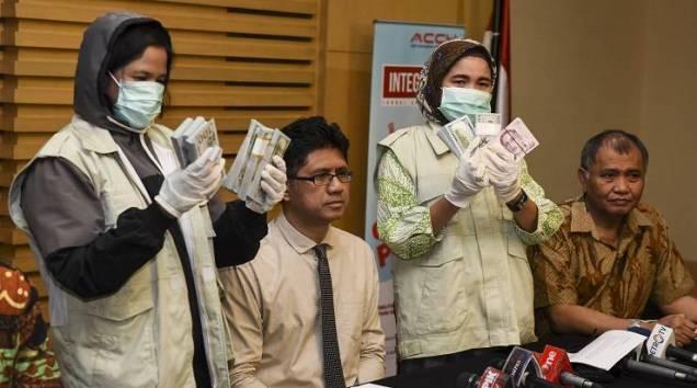 Bendahara MUI Jadi Buron KPK Atas Kasus Suap Rp 15 Miliar