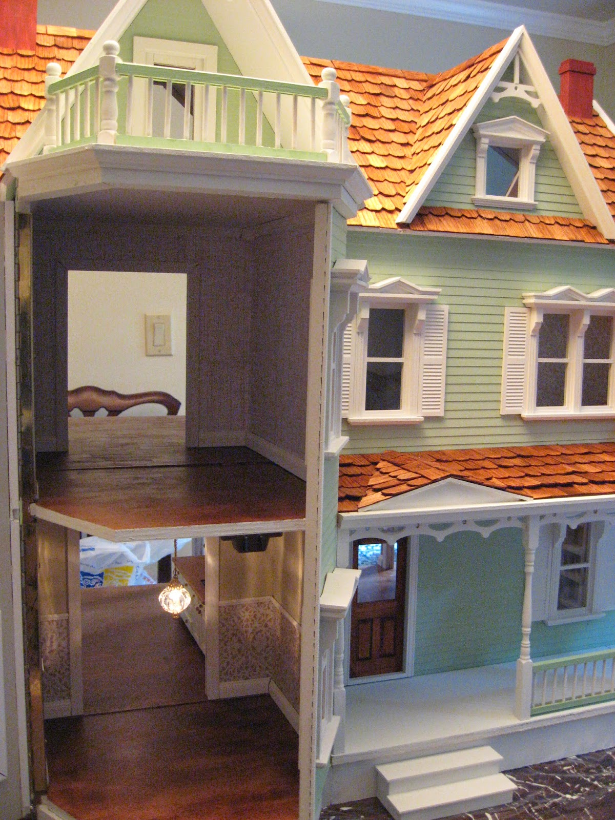 Little Darlings Dollhouses Building The Harborside Mansion