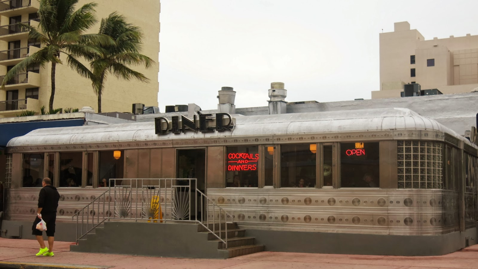 11th Street Diner South Beach Miami
