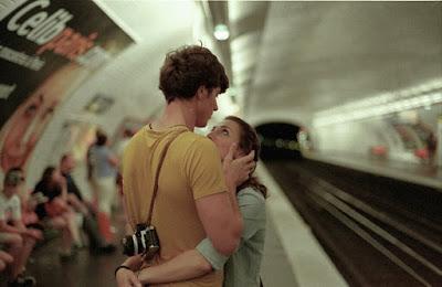 Đừng hứa hẹn rằng đến chết vẫn yêu nhau...