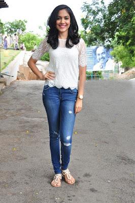 Ritu Varma Height Weight Body Measurements Family Husband Education