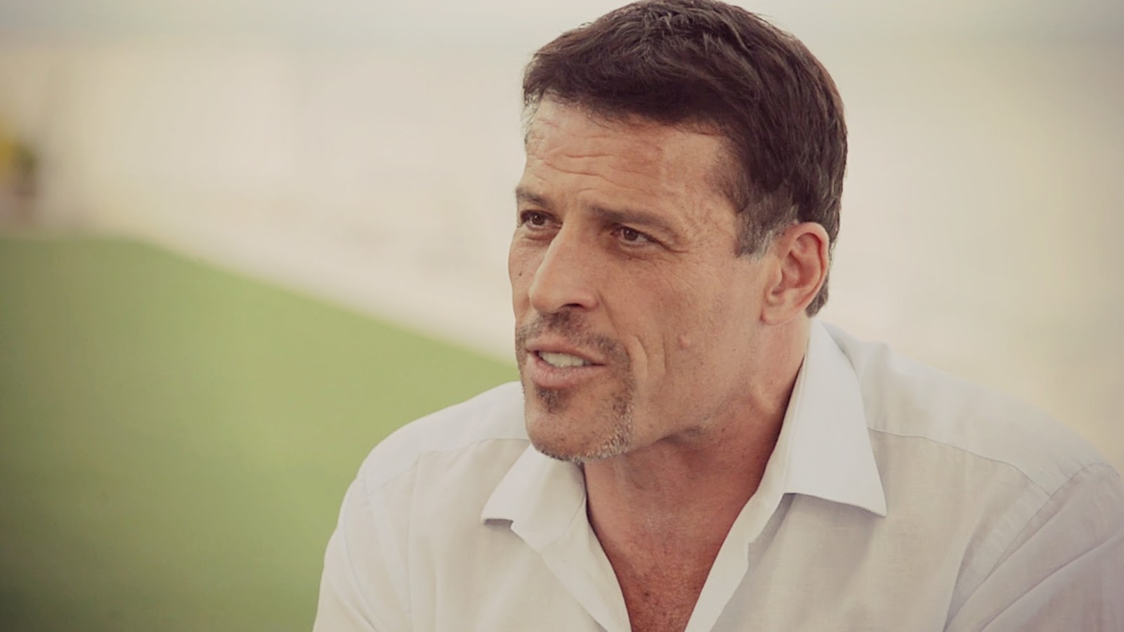 anthony robbins, Coaching, money, motivation, Robbins tony, self-sabotage, success, Tony Robbins, tony robbins breakthrough, tony robbins hungry, tony robbins motivation, tony robbins relationships