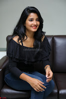 Deepthi Shetty looks super cute in off shoulder top and jeans ~  Exclusive 33.JPG