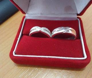 cincin kawin istimewa elegan perak emas paladium