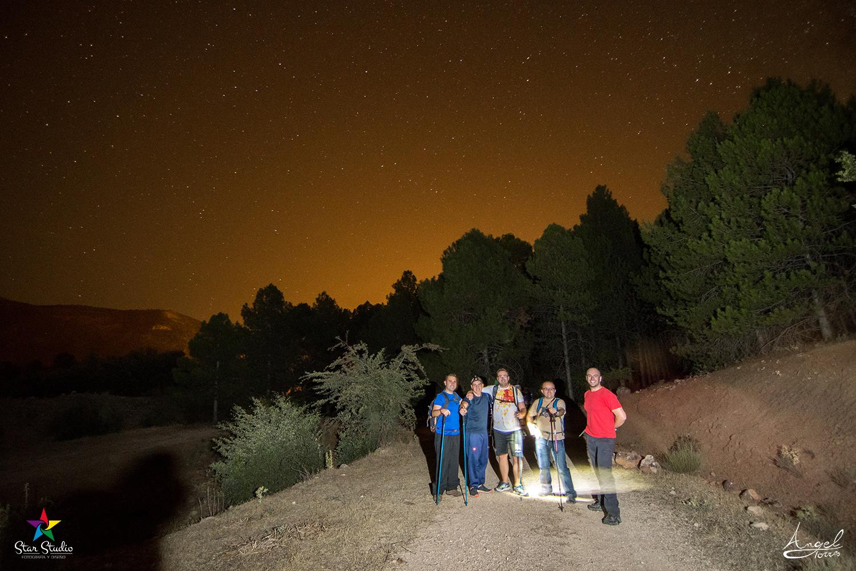 Jornada de senderismo nocturno en Valdepeñas de Jaén