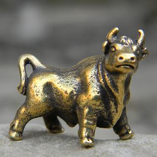 статуэтки подарки сувениры купить бронзовые статуэтки на заказ