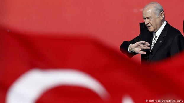 Το δημοψήφισμα διχάζει τους τούρκους εθνικιστές
