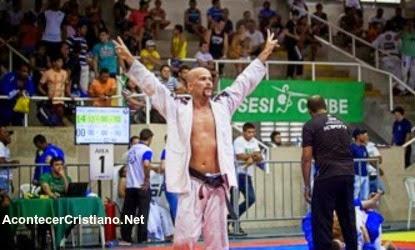 Pastor evangélico es campeón mundial de Jiu-jitsu