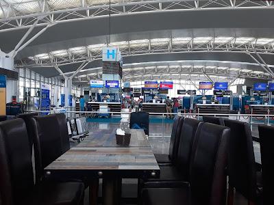 ノイバイ国際空港近くのホテル