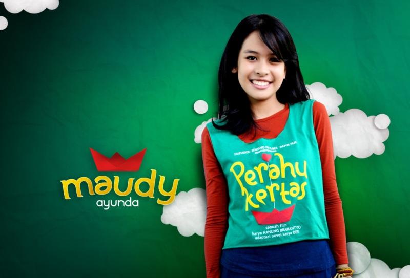Wallpaper Maudy Ayunda - Perahu Kertas by profilpedia.com