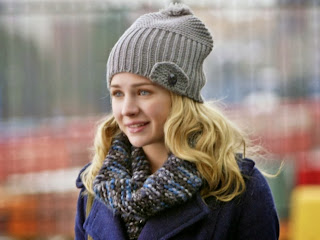 Recap/review of Life Unexpected 1x01 'Pilot' by freshfromthe.com