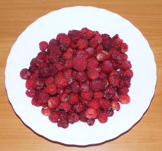 fructe de padure, zmeura proaspata de munte, fructe, retete cu zmeura, preparate din zmeura,