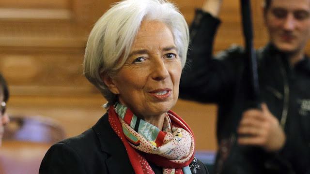 Un tribunal francés declara culpable de negligencia a la directora del FMI