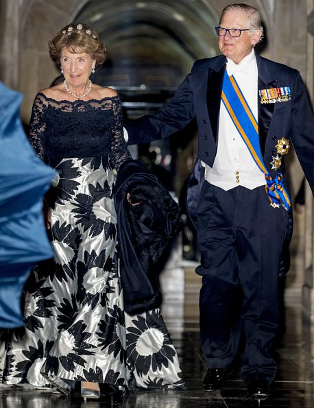 Queen Máxima, Princess Margriet and Princess Beatrix attend annual gala dinner. Diamond tiara, Diamond, emerald necklace and ruby bracelet and earrings