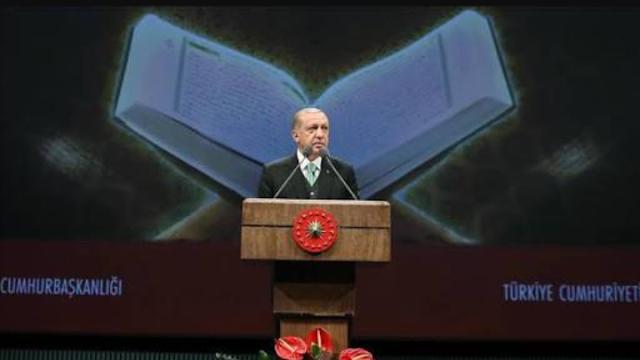 300 Tokoh Prancis Ingin Merubah Isi Al-Quran, Erdogan Marah Besar