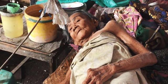Dibiarkan Dan Tidak Dirawat Oleh 3 Anaknya, Kondisi Nenek Yang Alami Kelumpuhan Ini Sungguh Memprihatinkan