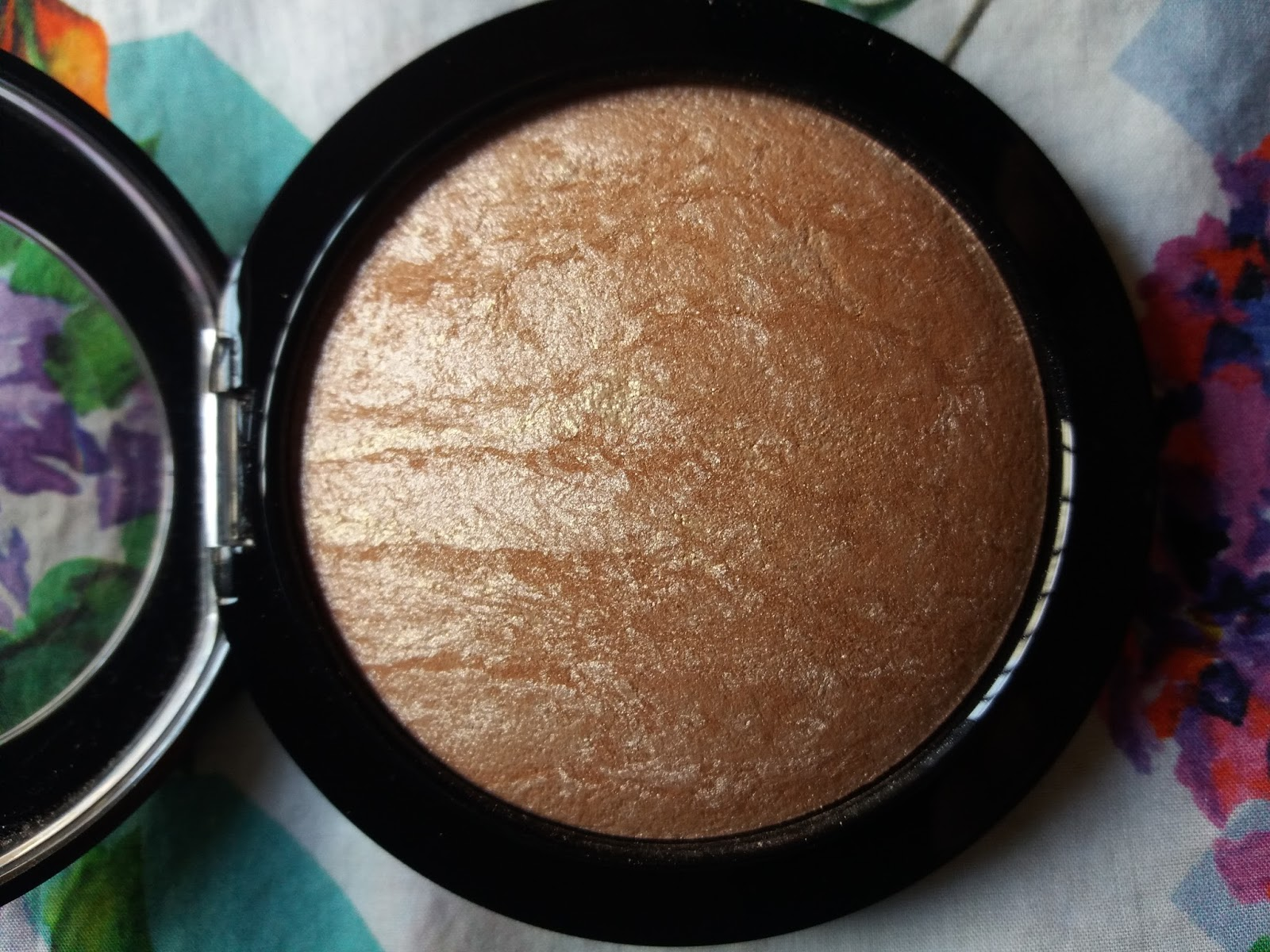 MAC Soft and Gentle Mineralize Skinfinish Review