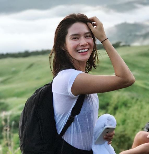 These Are The Top 10 Female Celebrities who Still Looked Fresh After Reaching The Peak Of The Mountain