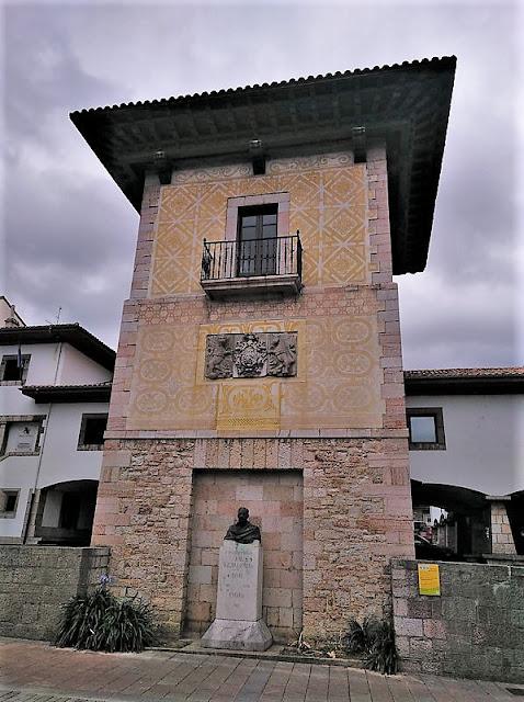 Torre del Palacio Pintu en Cangas de Onís