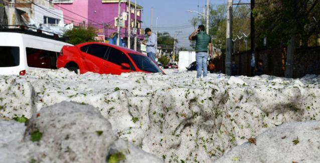 Πρωτοφανής χαλαζόπτωση στο Μεξικό (vid)