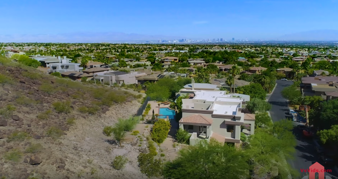 25 Photos vs. $2.25 Million Dollar Mansion Tour | Las Vegas Strip Views from this Luxury Home in Henderson, Nevada