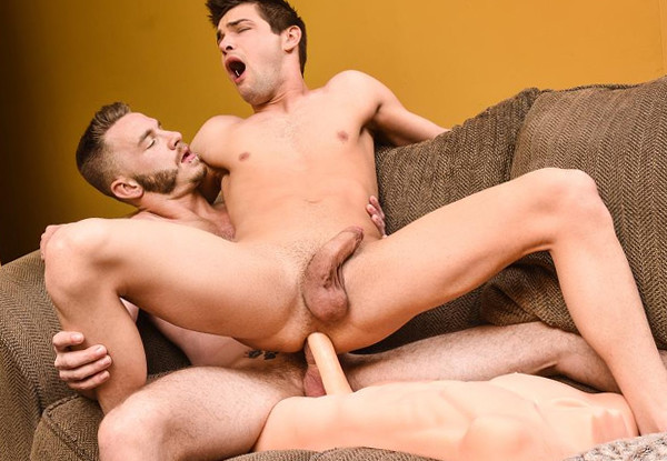 Men.com – Mac Savage Fucks Johnny Rapid – Dick Swap, Part 3 – DrillMyHole