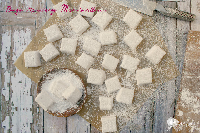 Boozy Raspberry Marshmallows (Chambord Marshmallows)