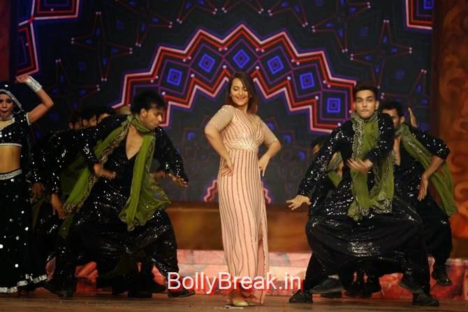 Sonakshi Sinha,, Katrina,  Shah Rukh, Priyanka, Deepika At Umang 2015