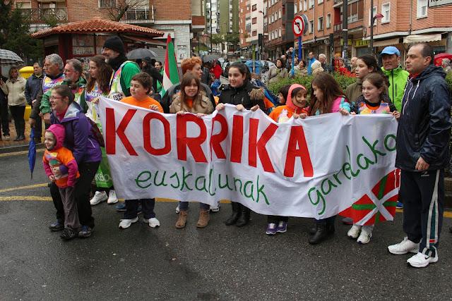 Korrika a su paso por Barakaldo en 2015