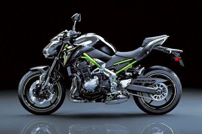 2017 Kawasaki Z900 side look image