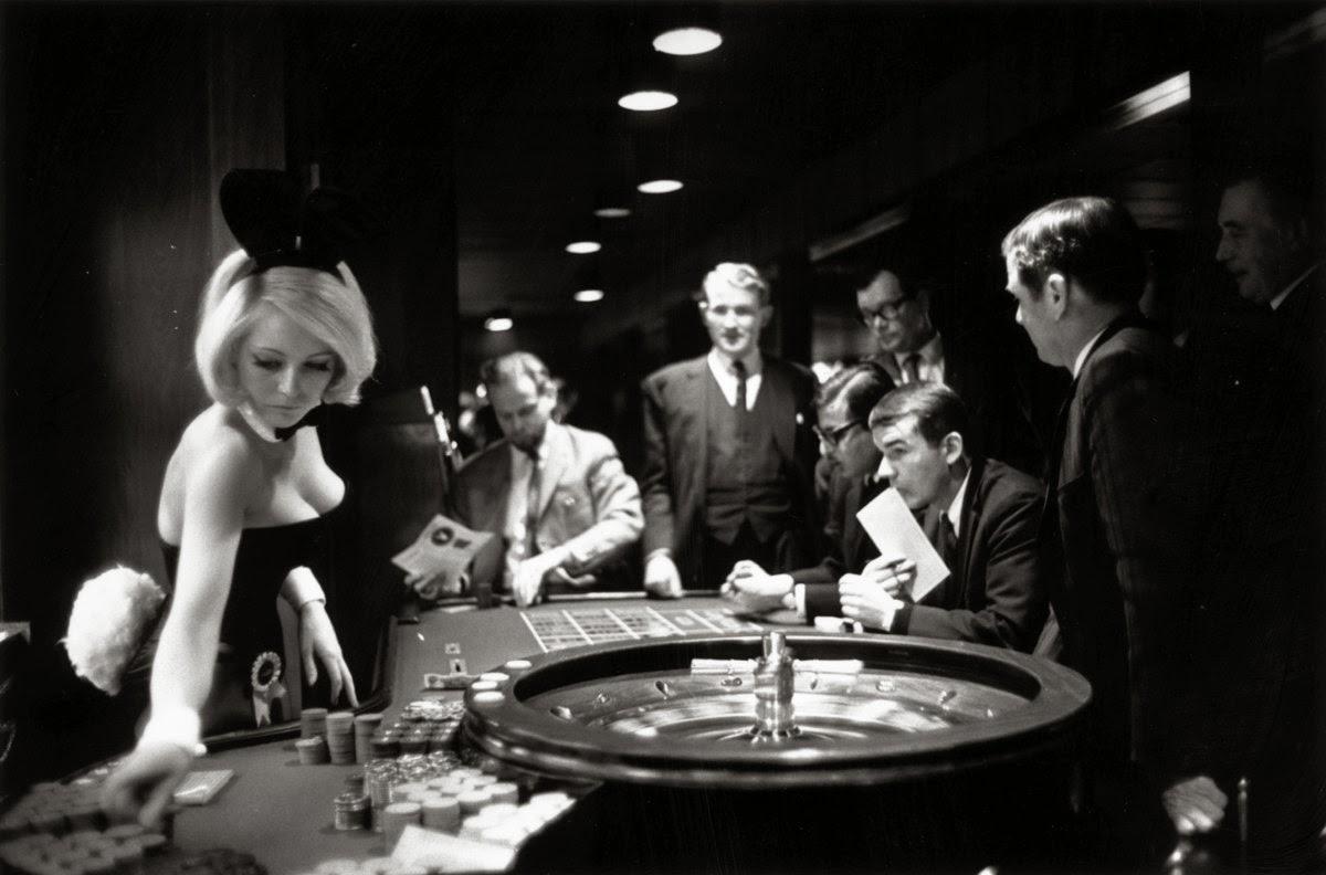 Crazy eights blackjack