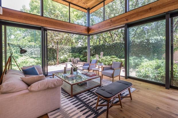 Una Casa Moderna para vivir la naturaleza en la ciudad | ▷ Revista ...