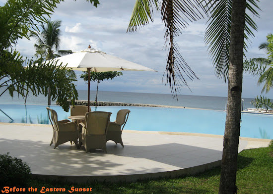 Camotes Island - Mangodlong Paradise Resort swimming pool