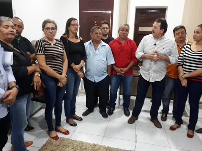 Prefeitura de Chapadinha    realiza pagamentos de novembro da Educação e da 2° parcela do 13° salário dos demais servidores.