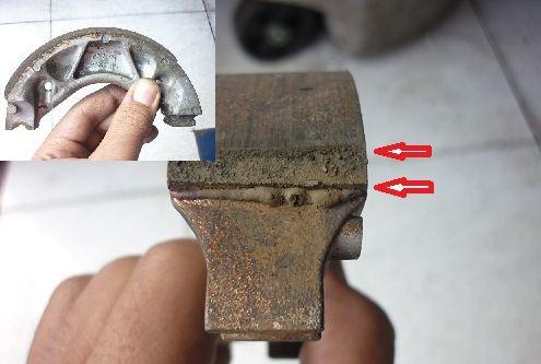 rem belakang motor tipis