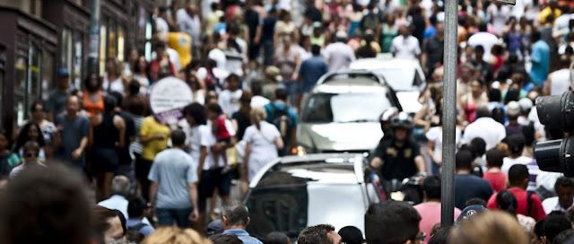 Resultado de imagem para Maioria da população é contra redução de leis trabalhistas e privatizações em série de estatais, diz Datafolha