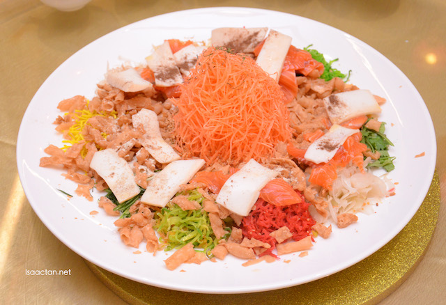 Salmon with Sliced Abalone Yee Sang
