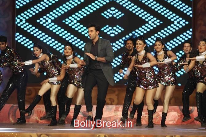 Ranbir Kapoor, Katrina,  Shah Rukh, Priyanka, Deepika At Umang 2015