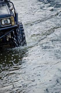conducir sobre agua, conducir sobre el agua