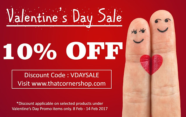 Valentine's Day sales poster 10% Off selected products