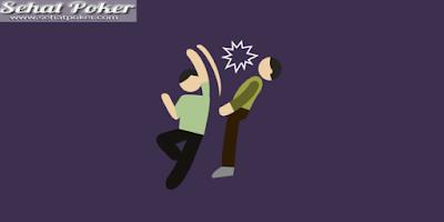 Berkelahi Di Pasar Malam, Tangan Riko Putus Dibacok Amir