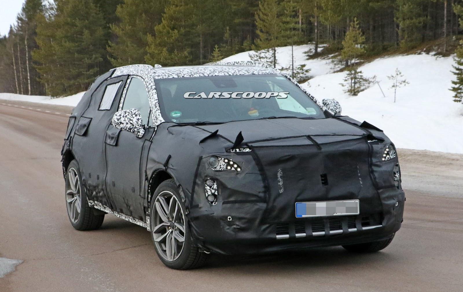 2019-Cadillac-XT3-2