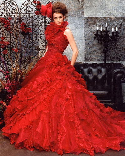 Red Gown For Wedding: SHE FASHION CLUB: Red Gothic Wedding Dresses