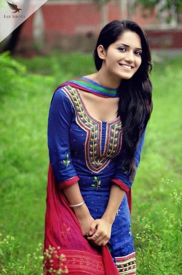 Cute Girl Hd Wallpapers 1080p Download Punjabi Model Ruhani Sharma Hd Wallpapers Photos