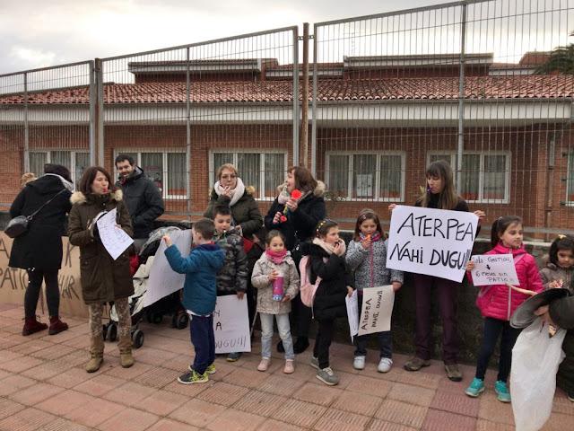 protesta colegio Gurutzeta